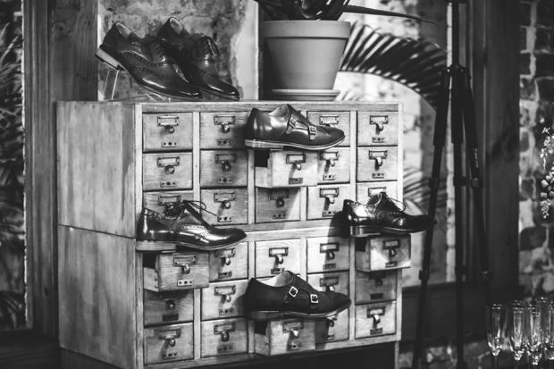 Bared-Footwear-mens